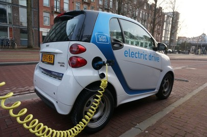 How Fast Can You Charge an Electric Vehicle?